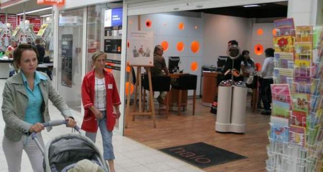Salon Orange w słupskim markecie Kaufland