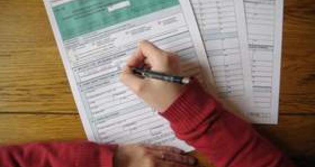 Żeby uniknąć podwójnego opodatkowania, podatnik pracujący za granicą powinien rozliczać dochody, stosując jedną z dwóch metod. Są one określone w umowach zawartych przez Polskę z innymi państwami. (fot. sxc)
