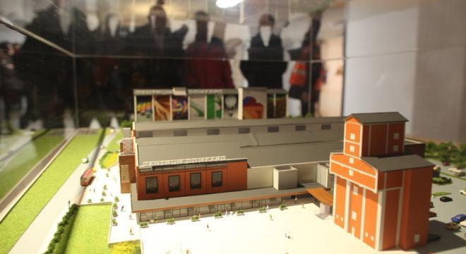Ideą Centrum DomExpo jest zgromadzenie pod jednym dachem usług i  produktów budowlanych oraz firm oferujących meble i artykuły wyposażenia wnętrz. Na zdjęciu makieta centrum.