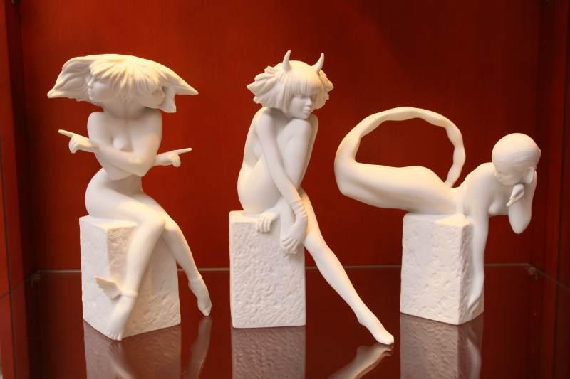 Zobacz znaki zodiaku ze słynnej królewskiej manufaktury porcelanowy Royal Copenhagen.