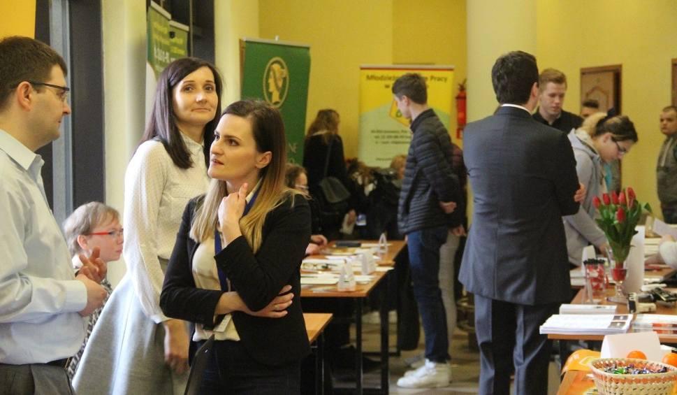 Film do artykułu: Dąbrowa Górnicza: Targi Pracy i Praktyk Studenckich w WSB ZDJĘCIA, PROGRAM