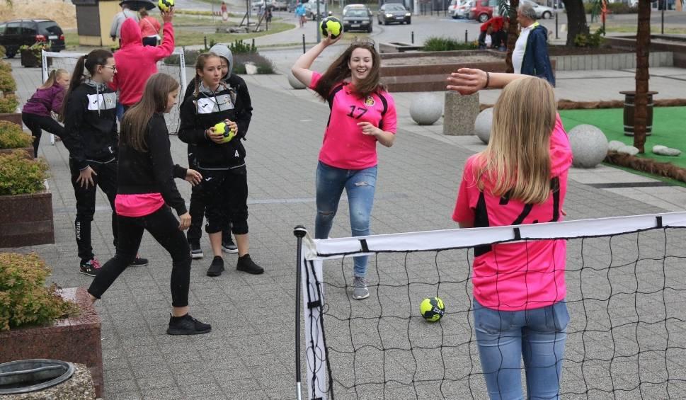 Film do artykułu: Święto Kielc 2018. Zobacz, co się dzieje na Placu Konstytucji w Kielcach [WIDEO, ZDJĘCIA]