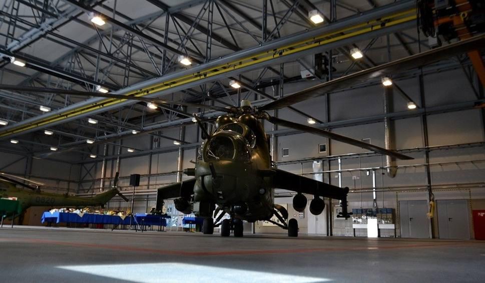 Hangar wojskowych śmigłowców ogrzeją pompy ciepła podlaskiej firmy Optima Polska