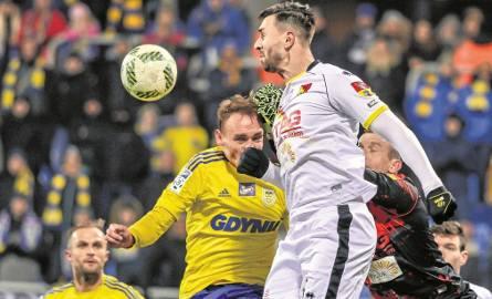 W poprzednim sezonie jagiellończycy pokonali w Gdyni Arkę 3:2, a jedną z bramek zdobył Brazylijczyk Guti (na pierwszym planie)