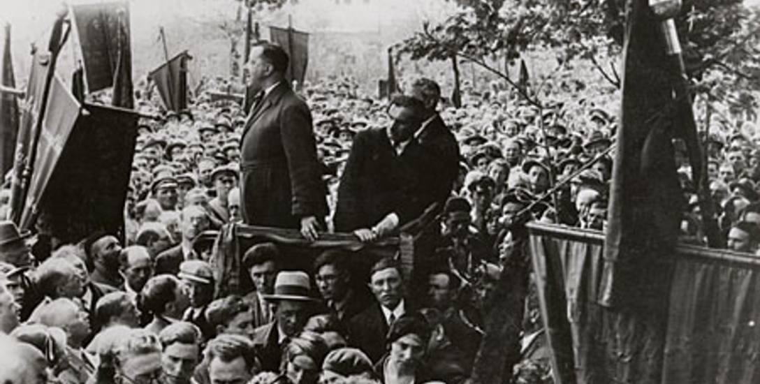 Pogrzeb Izraela Lichtensteina zgromadził tysiące osób