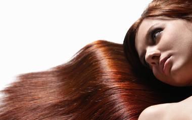 Jak prawidłowo myć i odżywiać włosy?