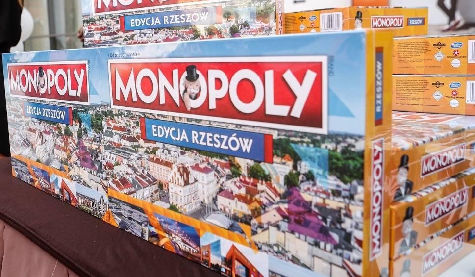 """Film do artykułu: Gra """"Monopoly Rzeszów"""" - doskonały pomysł na prezent dla całej rodziny"""