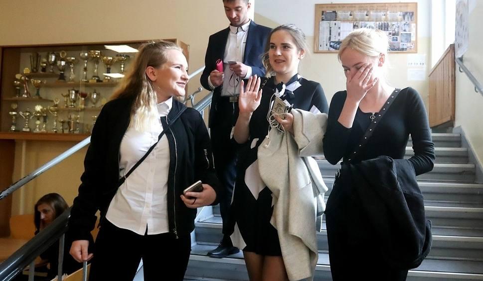 Film do artykułu: Matura 2019: język polski. Jak poszło uczniom z LO XII? Zapytaliśmy [WIDEO]