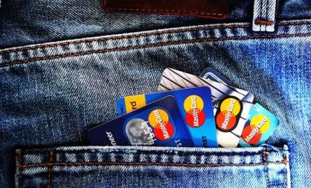Karty kredytowe czeka REWOLUCJA. Czy stare karty płatnicze będą do wymiany? Mastercard zapowiada zmiany