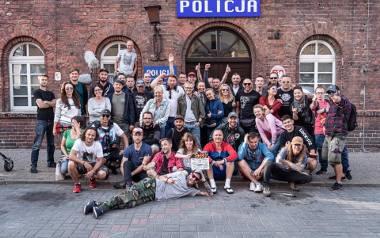 """""""Futro z misia"""". Ekipa kultowej komedii """"Chłopaki nie płaczą"""" w Szczecinie. Będą nagrywać finałowe sceny gangsterskiej komedii"""
