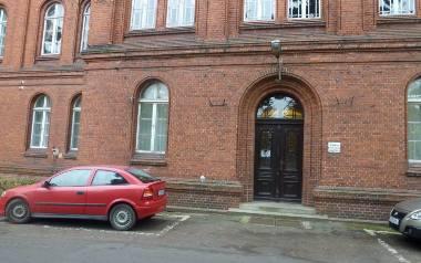 Gnieźnieńska Dziekanka ma być jednym z zagrożonych szpitali.