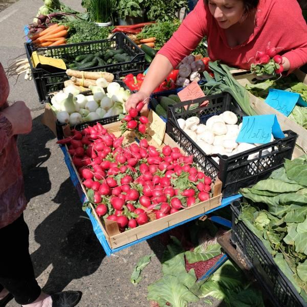 Drogie warzywa i owoce na targowiskach