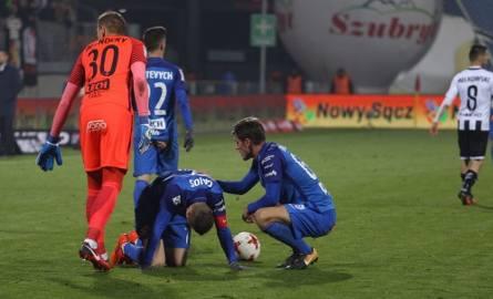 Piłkarze Lecha z taką grą jak w meczu z Sandecją, na pewno nie zdołają zmniejszyć dystansu jaki dzieli ich od Legii