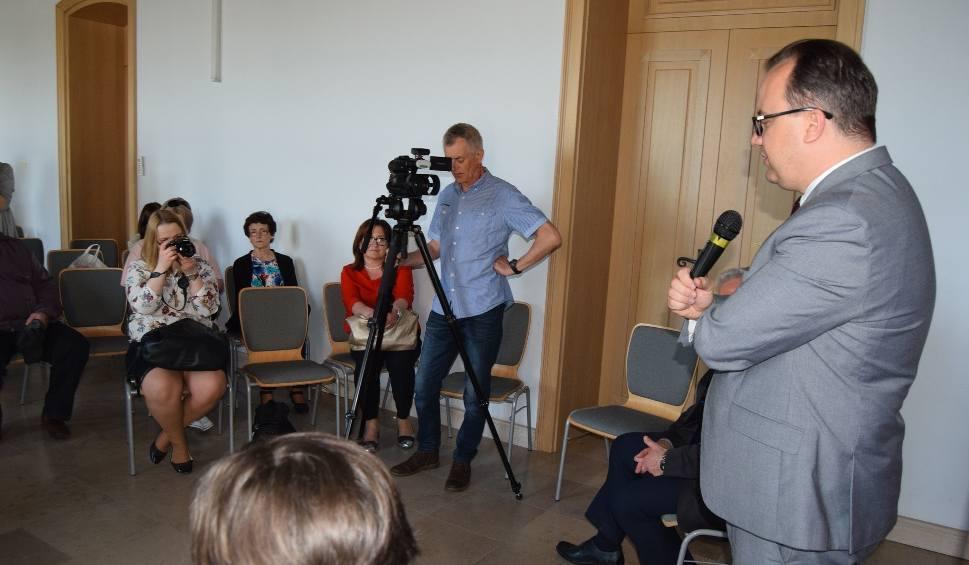 Film do artykułu: Rzecznik praw obywatelskich w Szczecinku. Co gryzie mieszkańców?