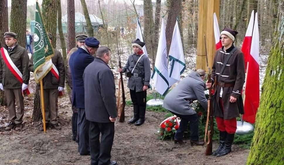 Film do artykułu: Gmina Brody. W Budach Brodzkich powstał efektowny przystanek upamiętniający Powstanie Styczniowe (ZDJĘCIA)