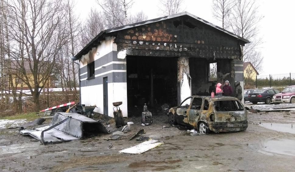 Film do artykułu: Spłonął warsztat w Parchowie. Potrzebna pomoc [zdjęcia]