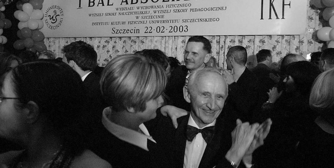 Prof. Tadeusz Mieczkowski miał wiele osiągnięć. Współtworzył Polski Związek Akrobatyki Sportowej, członek Międzynarodowej Federacji Akrobatyki Sportowej