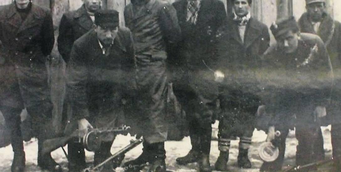"""Ujawnienie oddziału """"Błyskawica"""", początek 1947 r."""