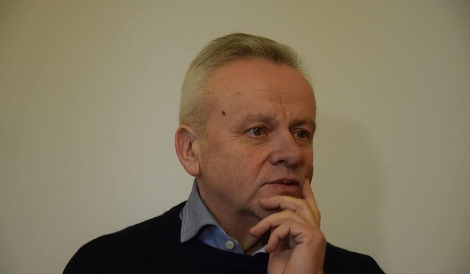 Film do artykułu: Mirosław Karapyta uznany winnym części zarzutów. Sąd Rejonowy w Przemyślu skazał go na cztery lata więzienia [WIDEO, ZDJĘCIA]