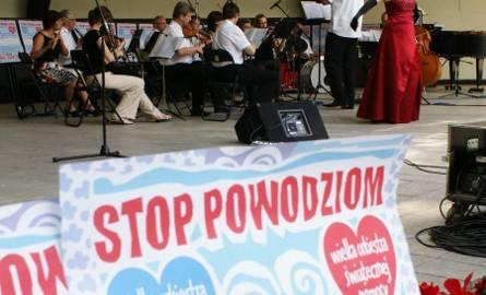 Inowrocławianie i kuracjusze też grają w Wielkiej Orkiestrze Świątecznej Pomocy [zdjęcia]