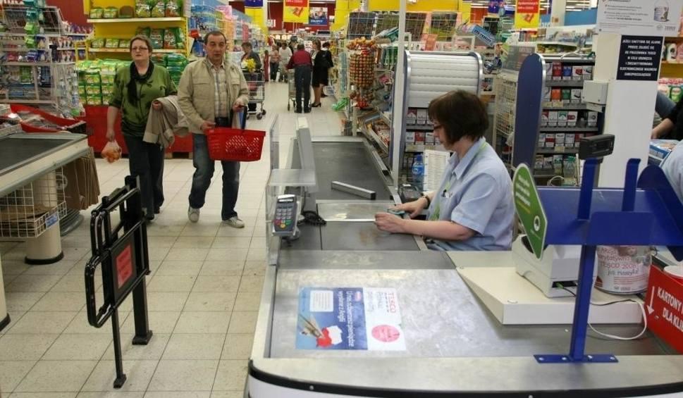 Film do artykułu: Niedziele handlowe STYCZEŃ 2019. Czy 27 stycznia sklepy będą otwarte? 27.01.2019 Kalendarz i zakaz handlu w niedzielę w 2019 roku