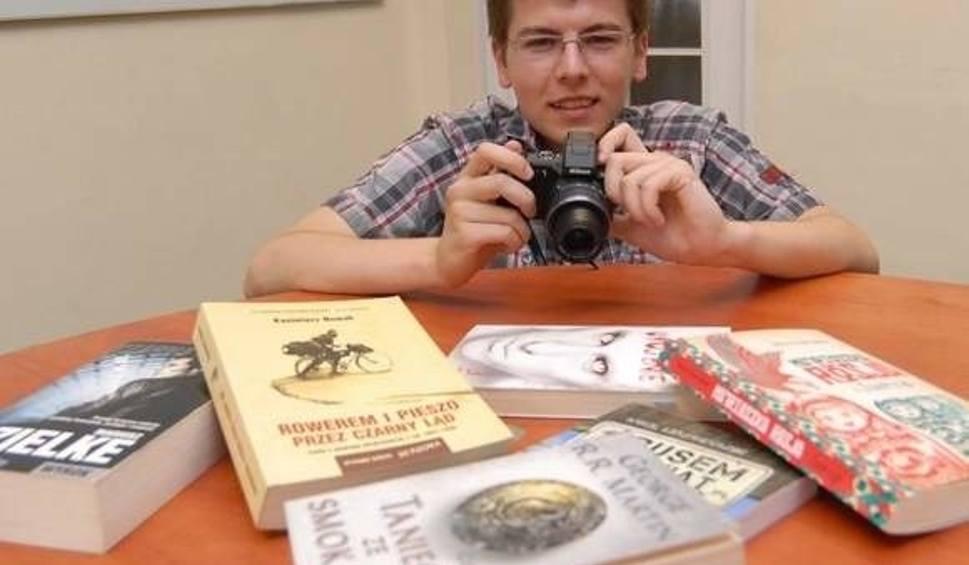 Film do artykułu: Bloger Darek Dłużen poleca książki na wakacje [WIDEO]