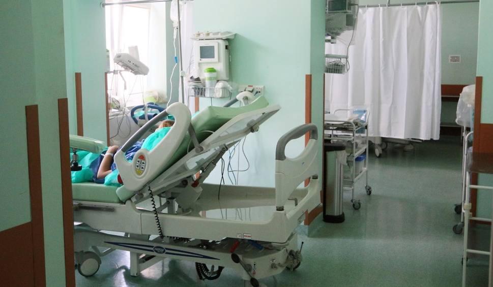 Film do artykułu: Stan dziecka był fatalny, a ginekolog wyszedł ze szpitala. Prokuratura zarzuciła lekarzowi narażenie noworodka na śmierć