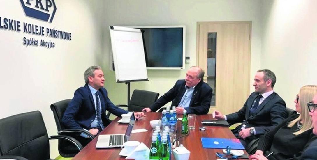 Władze Słupska czekają na ruch władz PKP w sprawie dworca i węzła komunikacyjnego