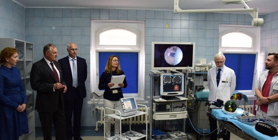 Przekazanie szpitalowi w Zielonej Górze nowoczesnego sprzętu przez firmę ADB.