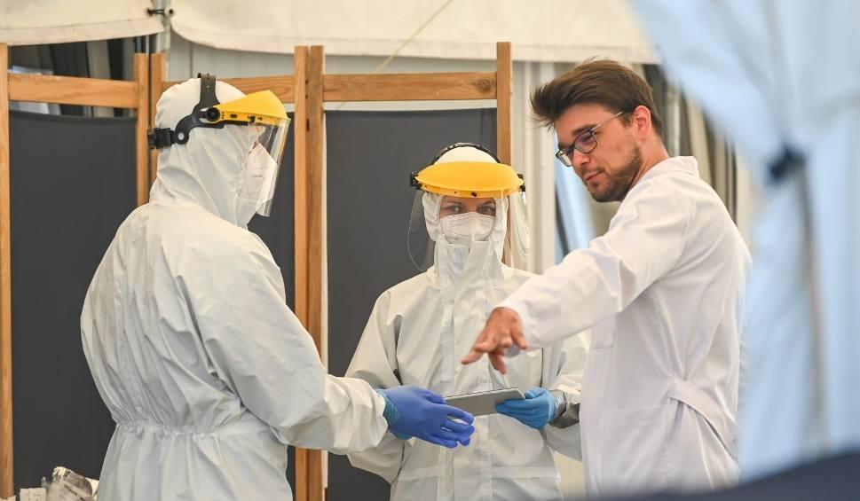 Film do artykułu: Koronawirus na Podkarpaciu. Niedziela to 17 nowych zakażeń, w całym kraju - 227 [RAPORT, 13.06]