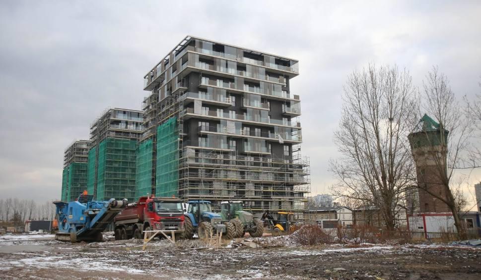 Film do artykułu: Mieszkania wszędzie podrożały w 2020 r., a w Katowicach staniały. Stolica woj. śląskiego jedynym polskim miastem ze spadkiem ceny