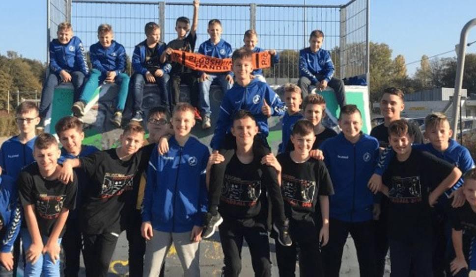 Film do artykułu: Młodzi zawodnicy VIVE Kielce uczestniczą w wyjątkowym obozie szkoleniowym w Strasburgu [ZDJĘCIA]