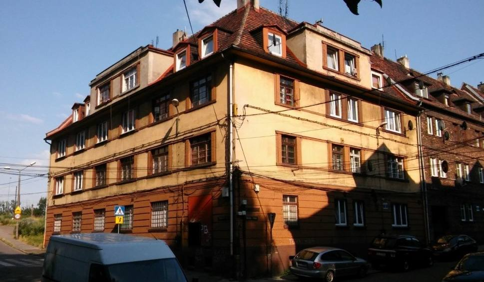 Film do artykułu: Tanie mieszkania do remontu na sprzedaż w Sosnowcu, Bytomiu, Rybniku, Gliwicach, Zabrzu, Piekarach Śl. Aukcje SRK w styczniu i lutym 2021