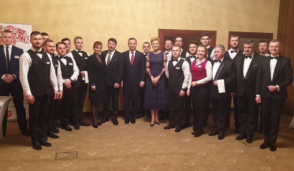 Film do artykułu: Kulisy noclegów prezydentów Polski i Węgier w Kielcach .Nawet kwiaty były w narodowych barwach