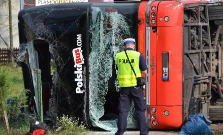 Wypadek Polskiego Busa w Nowej Dębie.
