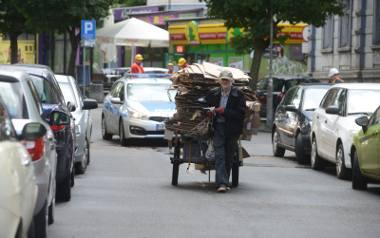 W Polsce żyjemy dłużej i dłużej pracujemy