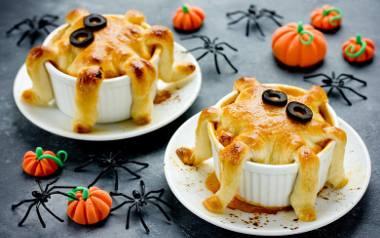 Halloweenowe muffinki serowe w kształcie ośmiorniczek.