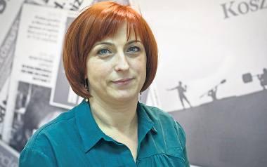 Iryna Kuzyan mieszka w Polsce, na ziemi koszalińskiej, już 20 lat. Pracowała jako nauczycielka w Tychowie koło Białogardu. Dziś ma własną szkołę językową