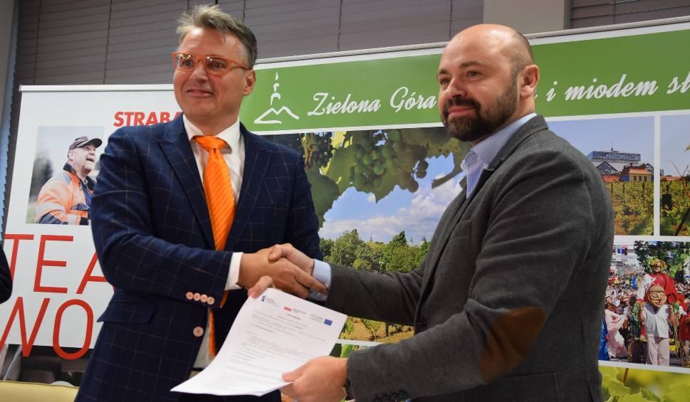 Film do artykułu: Umowa na budowę obwodnicy południowej Zielonej Góry podpisana! [ZDJĘCIA, WIDEO]