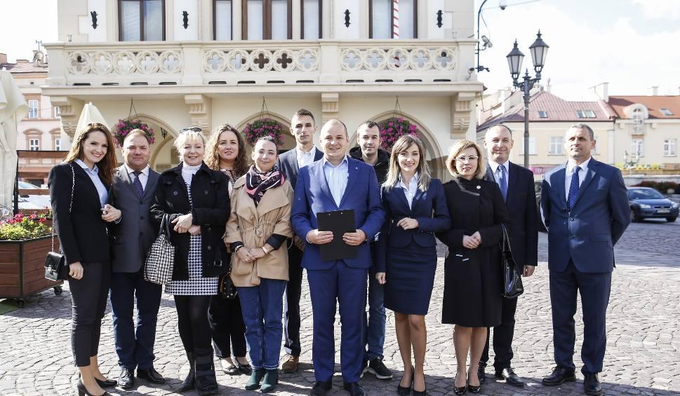 Film do artykułu: Kukiz'15 przedstawił kandydatów do Rady Miasta Rzeszowa [LISTA NAZWISK]