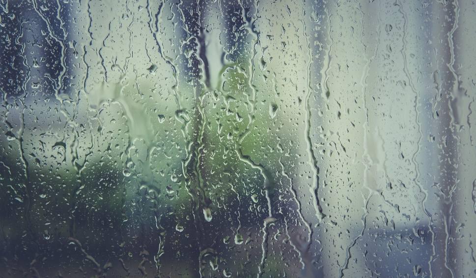 Film do artykułu: Prognoza pogody na piątek w województwie podlaskim: 25.05.2018. Załamanie pogody w regionie [WIDEO]