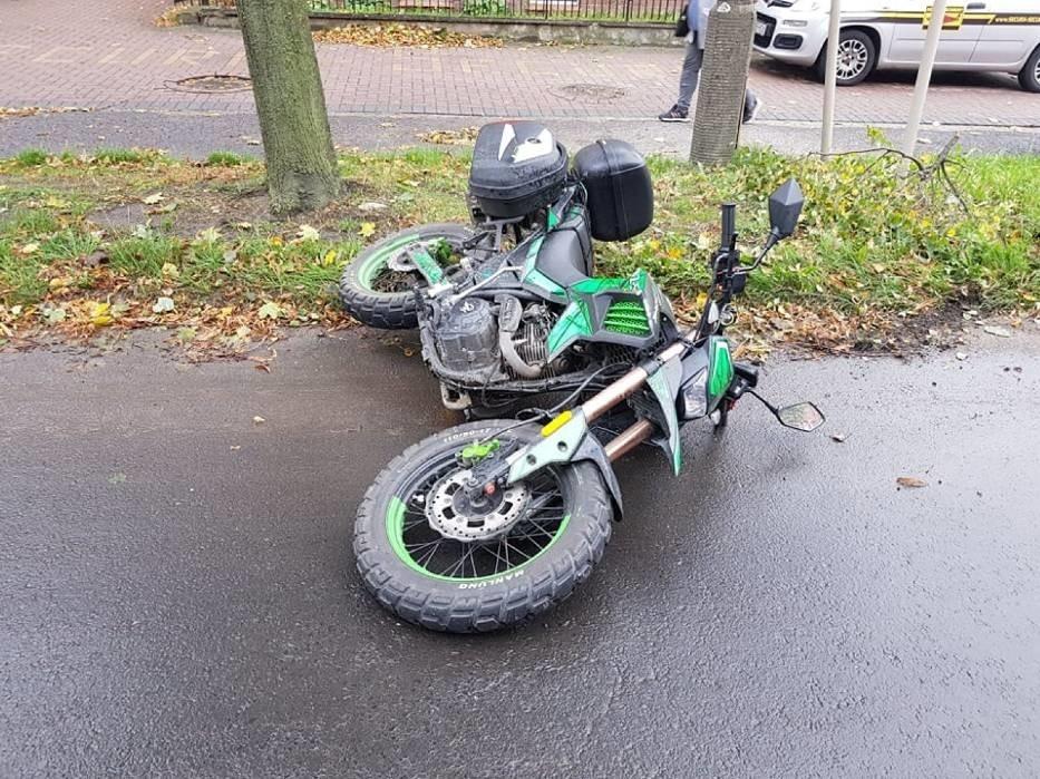wypadek motocyklisty w Gnieźnie