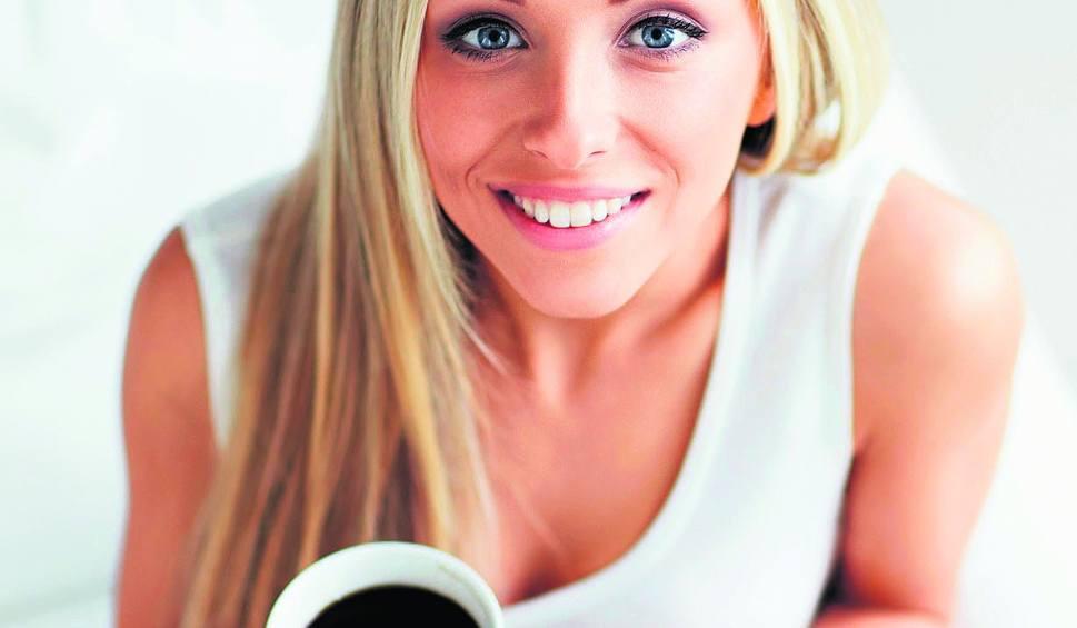 Film do artykułu: Chcesz mieć dziecko? Pij mniej kawy. Nadmiar kofeiny może szkodzić