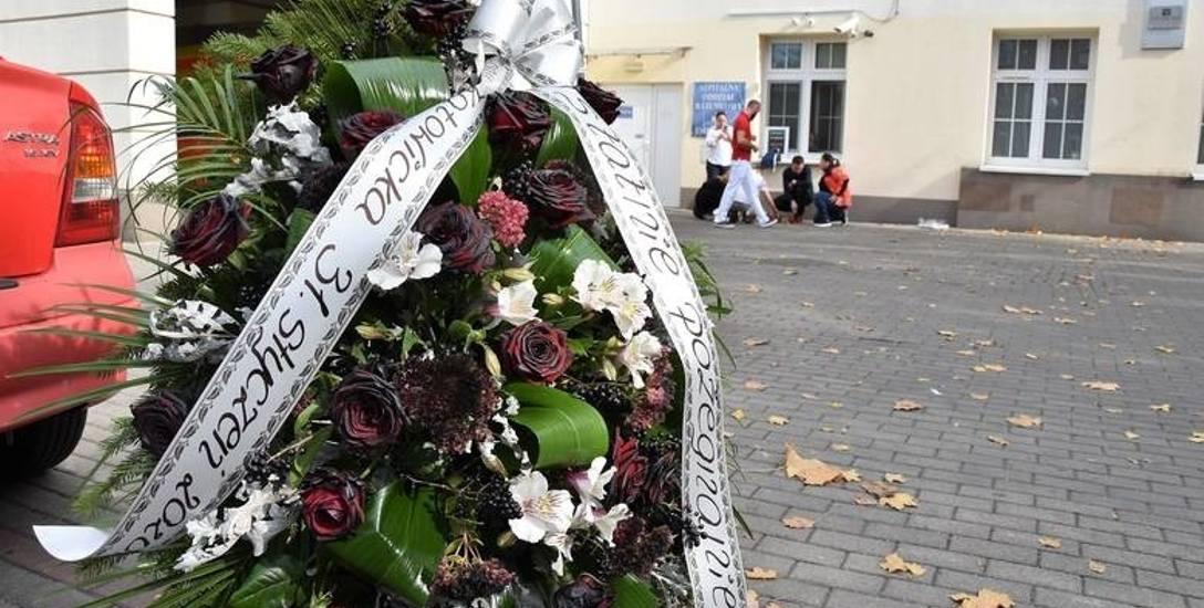 W październiku pracownicy Szpitalnego Oddziału Ratunkowego przy ul. Katowickiej w Opolu urządzili mu symboliczny pogrzeb. Teraz jest szansa, że uda się