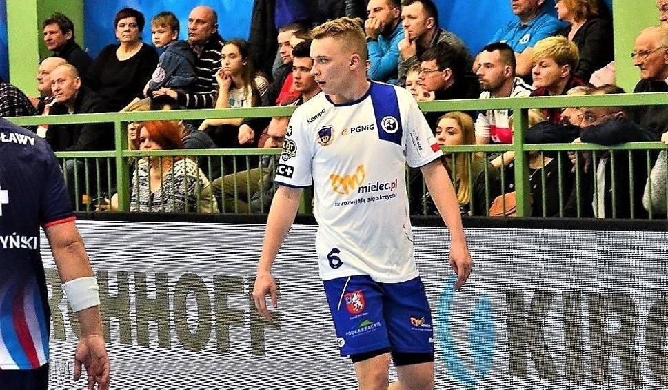 Film do artykułu: Kolejny wychowanek odchodzi z SPR Stali Mielec. Hubert Skuciński opuszcza mielecki klub