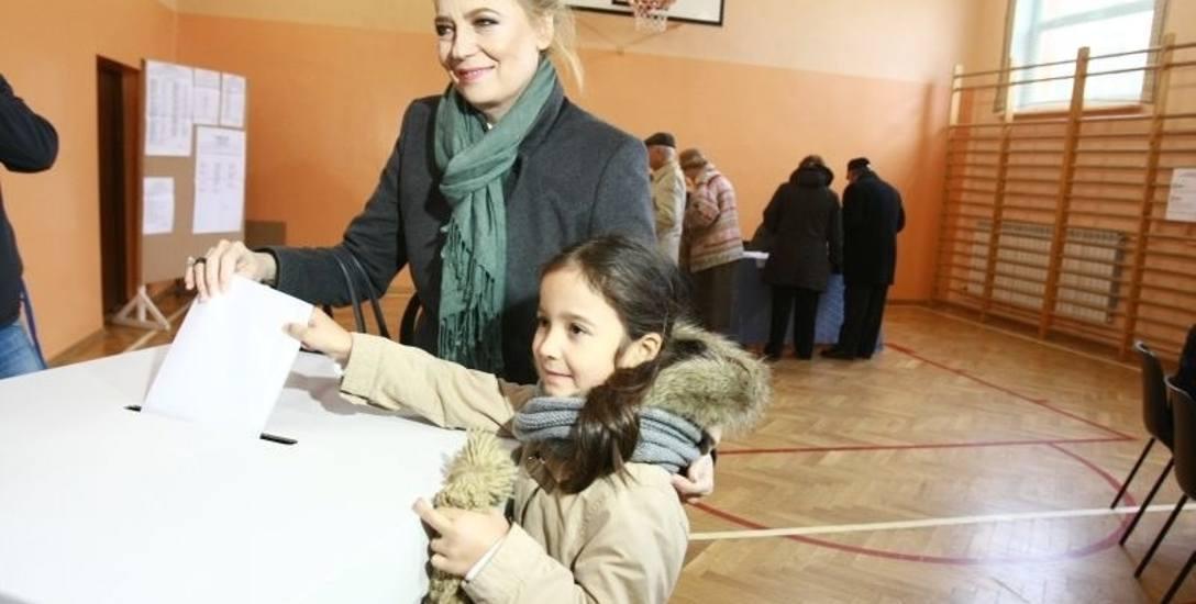 W 2014 r. Hanna Zdanowska startowała jednocześnie w wyborach na  prezydenta Łodzi i do sejmiku. Taka możliwość ma być zlikwidowana