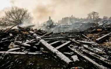 Rankiem 17 grudnia całkowicie spłonął dom w Lubaniu znanej behawiorystki i trenerki psów