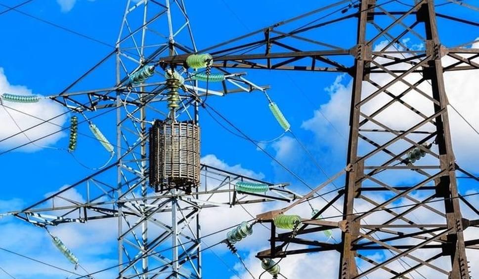 Film do artykułu: Wyłączenia prądu w woj. śląskim. Nie będzie energii elektrycznej w tych miastach i na tych ulicach. Sprawdź adresy!