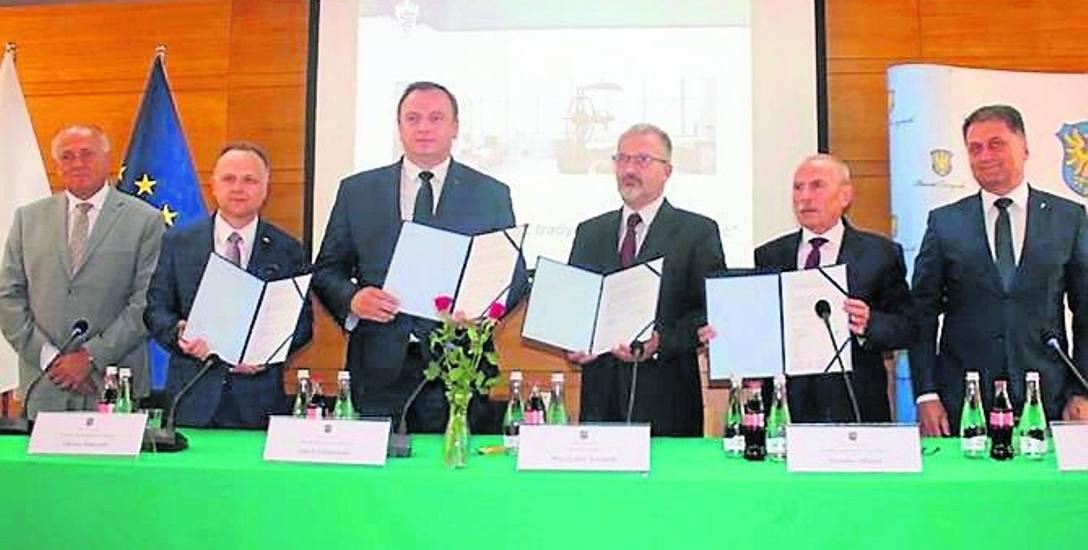 W Cieszynie podpisano umowę na rozbudowę Szpitala Śląskiego. To inwestycja ważna w skali całego kraju