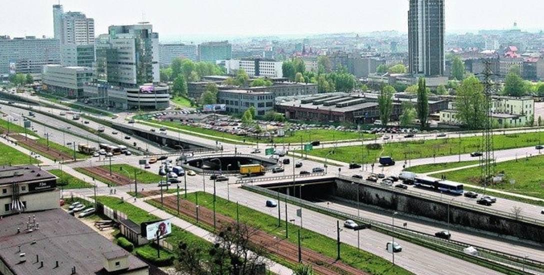"""""""Metropolia - jak to się robi?"""". Nierozwiązanym problemem GZM wciąż jest transport publiczny"""